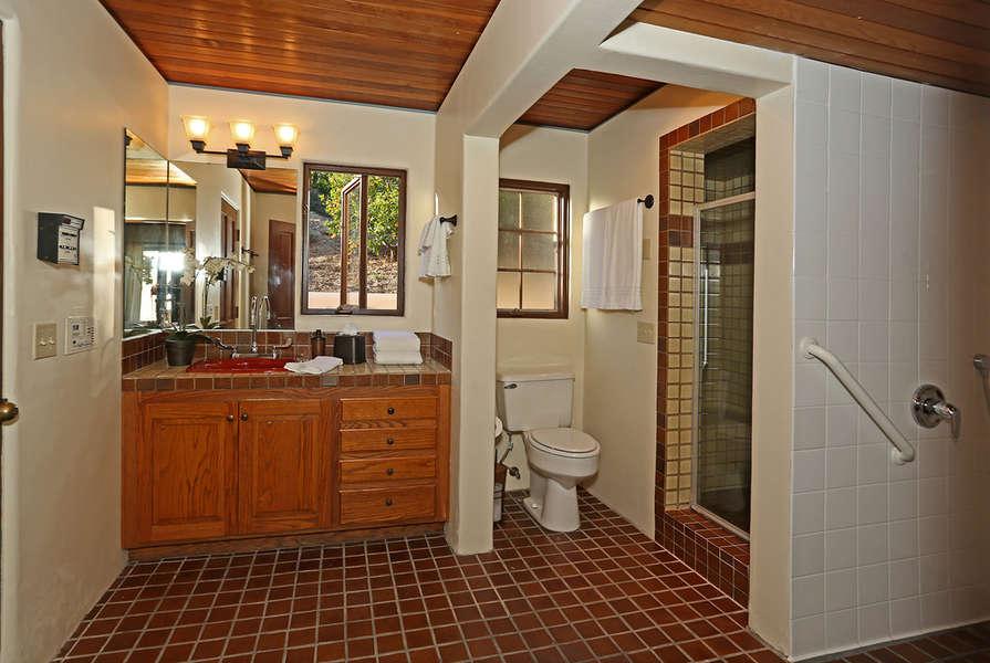 Handicap accessible Bathroom #3