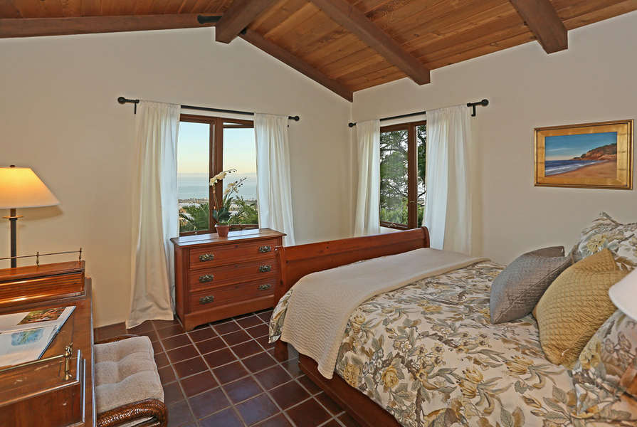 South facing Bedroom #4