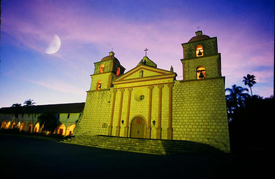 Tour the Historic Santa Barbara Mission