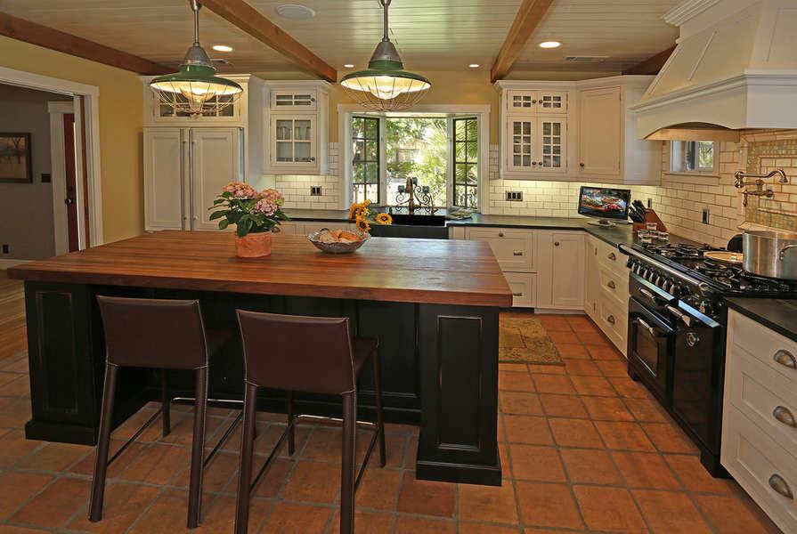 Great gourmet amenities in the Kitchen