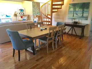 New dining room furniture for this gorgeous home!