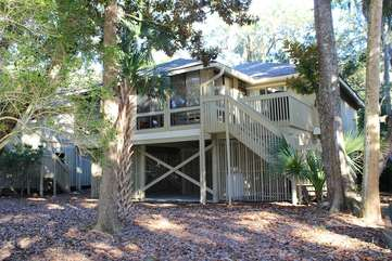 This great Low Country cottage is also in the perfect location.