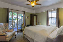 Master Suite with en-suite bath & deck