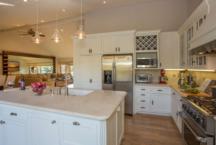 A great Kitchen with everything needed for the chef!