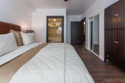Master Bedroom - King Bed-Flat Screen TV- En Suite Full Bath