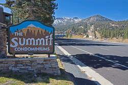 Summit Condominiums - Ski In Ski Out