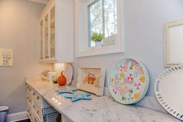 You will love the large butler's pantry.