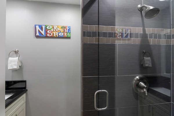 Master Modern Shower