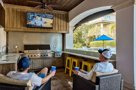 Big House by the Sea - Vacation Rental in Destiny West