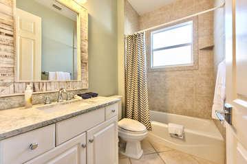 Guest Bathroom in Between Queen and Twin Rooms; Tub/Shower!