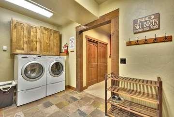 Mudroom/Laundry Room, Shoe and additonal closet storage