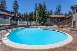 Communal Seasonal Pool- Summer