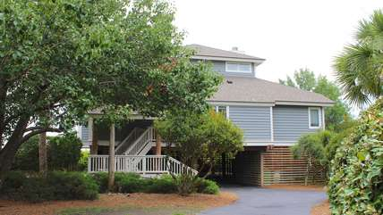 This 3 bedroom home is next to Boardwalk 1 to North Beach.