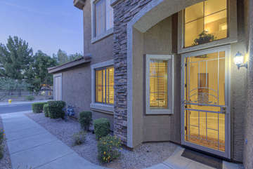 Lovely condo in quiet and safe neighborhood is waiting for YOU!
