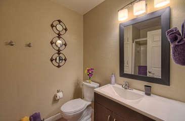 Second bath has tub/shower combination