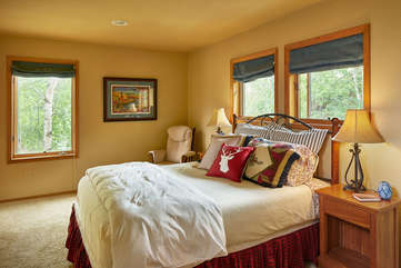 Guest Bedroom -Star View Lodge