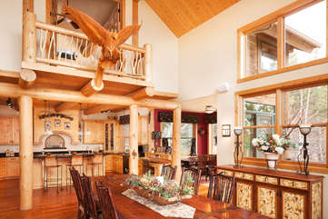 Dining Room and Kitchen -Star View Lodge