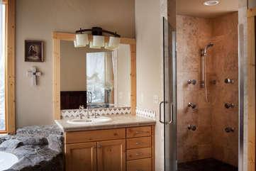 Master Bathroom -Star View Lodge