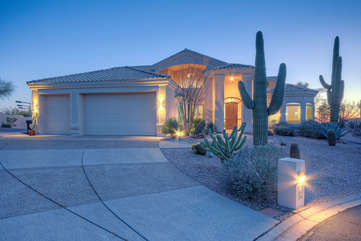 Luxurious custom home in Sky Mountain Estates, a gated subdivision of prestigious Red Mountain Ranch