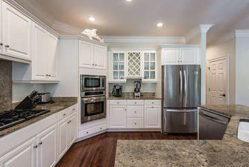 All new stainless steel appliances for your use.