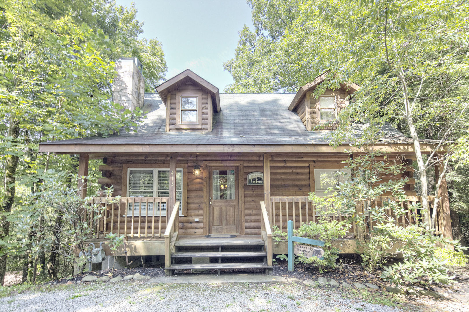 Gatlinburg cabins heavenly heights for Gatlinburg cabins with fishing access