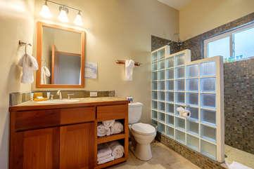 Indigo Belize 1A Bathroom 2