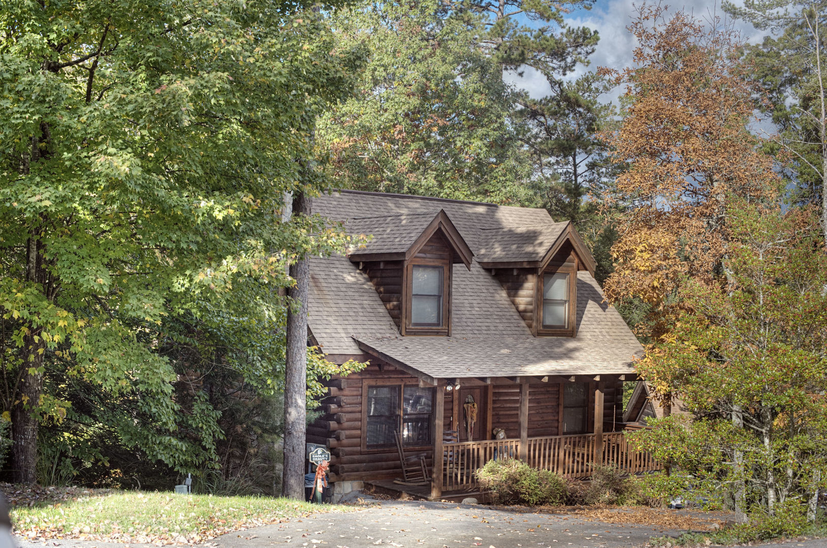 for cabins sale rentals pool river cabin with friendly homes in pet cheap tn under indoor pigeon forge reviews copper tennessee