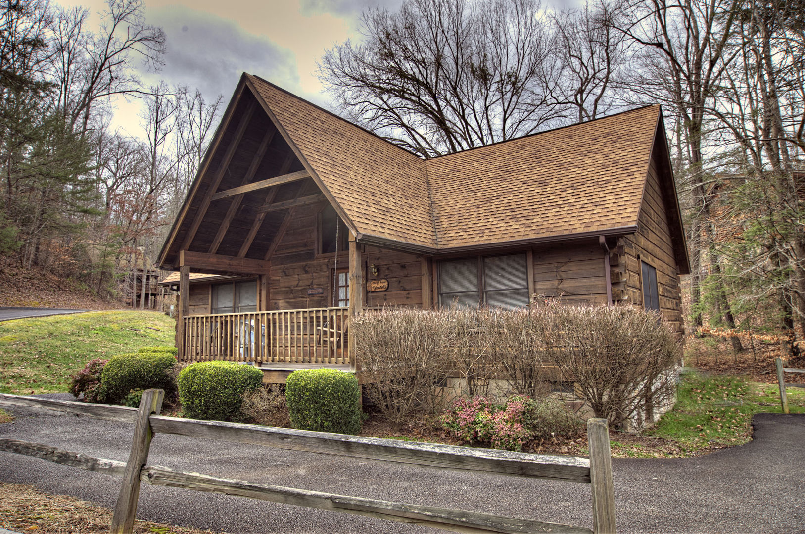 Pigeon forge cabins cherith brook 2 bedroom for Eagles ridge log cabin