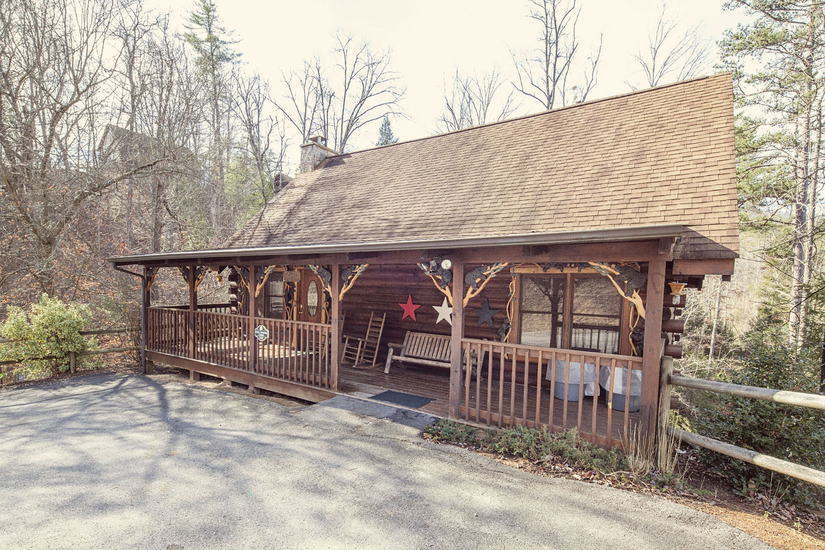near friendly homeaway pet vacation rental mountains gatlinburg smoky frindl forge pigeon cabins