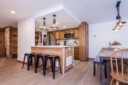 Kitchen with 4 bar stools/ Dining Table
