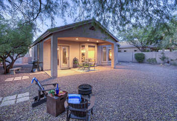 Beautiful NE Mesa home is waiting for YOU!