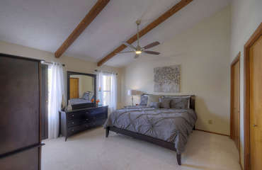 Dream of a hole in one or a scenic desert hike in attractive and comfy master suite