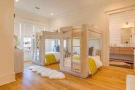 Twin bunk room with ensuite bathroom