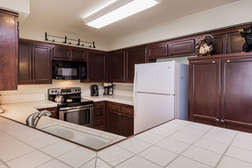 Updated and fully equipped Kitchen