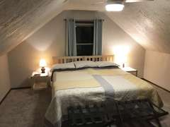 Upstairs Lakeside Bedroom - King configuration