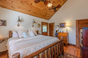 King Master Suite with Private Screened Porch and Ensuite Full Bathroom