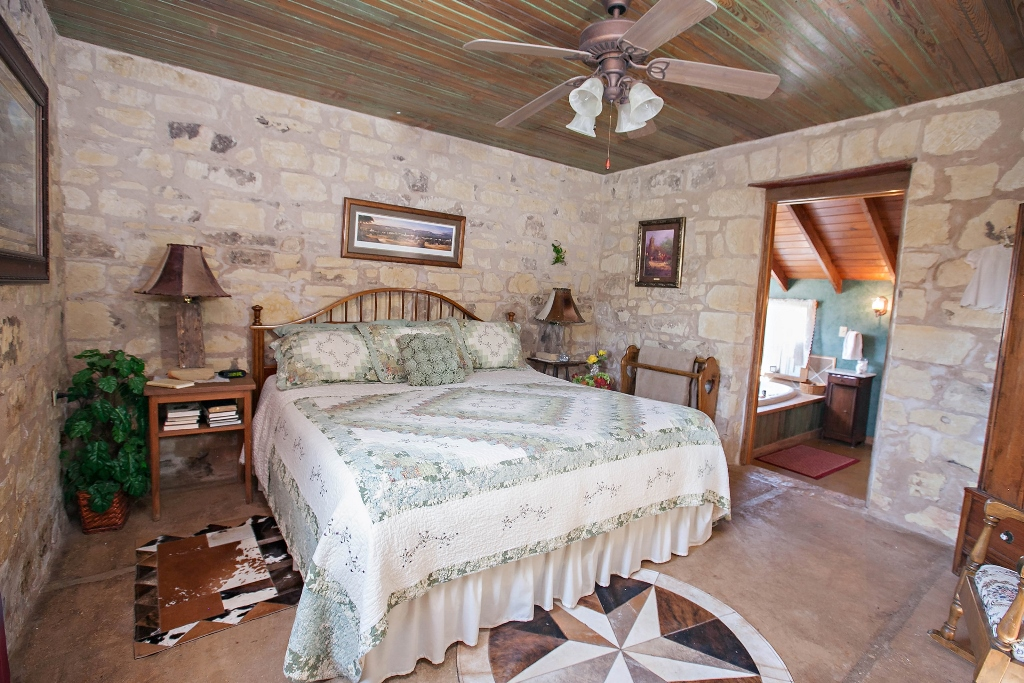 View Clear Springs Log Cabin A Fredericksburg Vacation