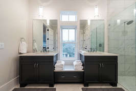 Second floor Master bathroom